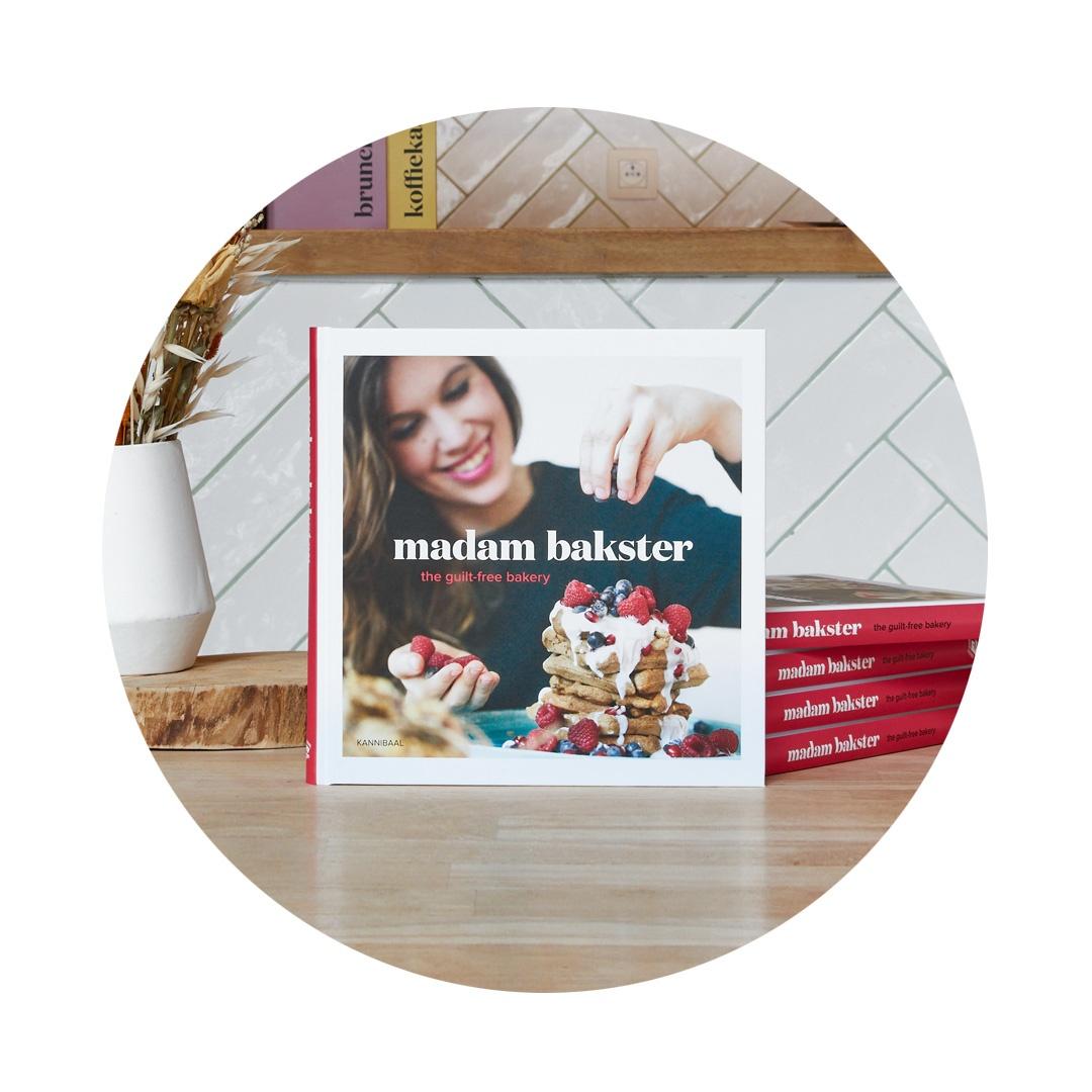 Ons Bakboek ook BPost  - The Guiltfree Bakery